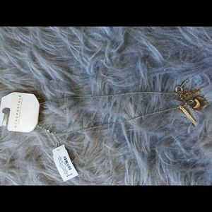 NWT love necklace